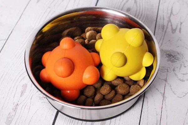 Trixie Ball mit Noppen, Naturgummi Hundespielzeug Ball für Hund Kauspielzeug